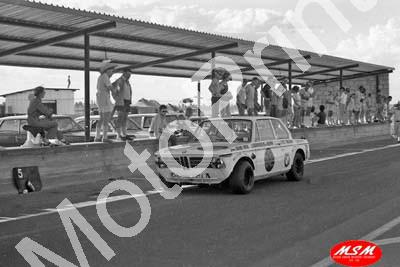 1971 SL Free State 3hr Jan BMW 2002Ti J Barnard, W vd Merwe 18th (permission Malcolm Sampson Motorsport Photography) (7)