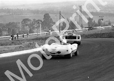1967 25 Jos Viljoen Meyer Botha (not sharp) 6 Lola Chev D' Udy Dibley focussed A4 (courtesy Ken Stewart) (5)