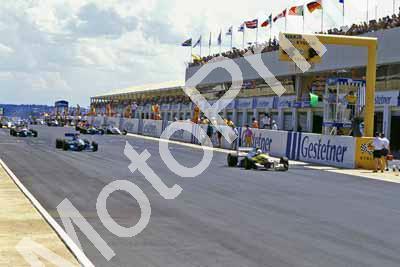 1995 Kya Jan F3000 0 start 1 Kenny Brack 9 Jan Lammers Reynard 94D (Roger Swan) (2)