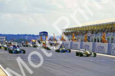 1995 Kya Jan F3000 0 start 1 Kenny Brack 9 Jan Lammers Reynard 94D (Roger Swan) (3)