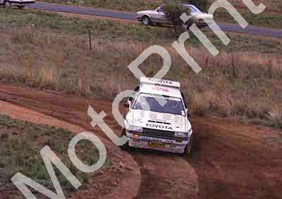 1988 Nissan 400 1 Serge Damseaux, Vito Bonafede Toyota Conquest(courtesy Roger Swan) (27)