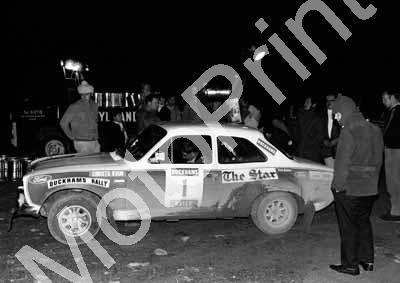 1973 Duckhams 1 Elbie Odendaal, Christo Kuun Escort, heavy lift, gravity feed (courtesy Roger Swan) (23)