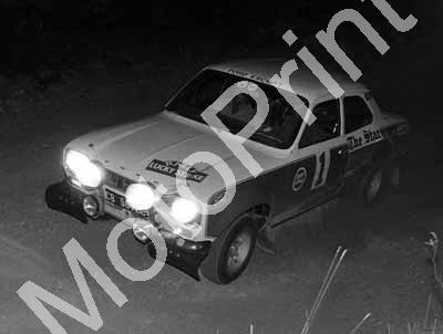 1973 Lucky Strike 1 Elbie Odendaal, Christo Kuun Escort (courtesy Roger Swan) (36a)
