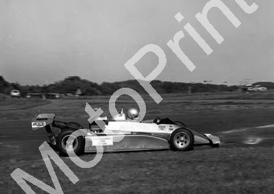 1984 EL F2 Brut GP 11 Keith Horwood Maurer MM81 scan 20x30cm (permission Malcolm Sampson Motorsport Photography) (1)