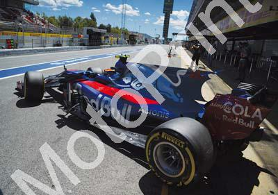 2017 Spanish GP 26 Kvyat 55 Sainz Toro Rosso image approx 1181x810pixels (courtesy Paolo D'Alessio) (31)