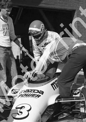 1984 Kya F2 3 Graham Duxbury Maurer (Tony Martin car) scan 20x30cm (permission Malcolm Sampson Motorsport Photography) (6)