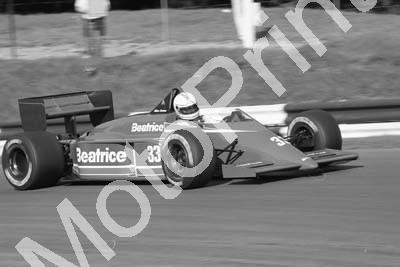 1985 Brands European GP 33 Alan Jones Beatrice Lola THL-1 (Colin Watling Photographic) (151)