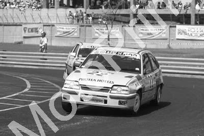 1988 Dbn Stannic 22 Michael Briggs Opel Kadett GSi (Colin Watling Photographic) (2) - Click Image to Close