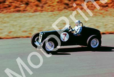 1975 Kyalami HRCR 7 Phil Howie MG (courtesy David Swan) (20)