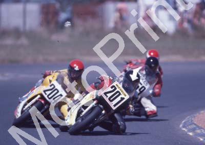 1985 Killarney MC 201 Shaun Symons 204 Gary Labuschagne Suzuki Gamma (Colin Watling Photographic) (43) - Copy