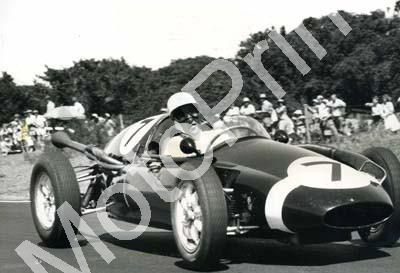 1960 SA GP EL 1 Jan 7 Stirling Moss Cooper Borgward (1)