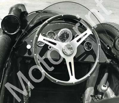 1960 SA GP EL 1 Jan 7 Stirling Moss Cooper Borgward (3) strg
