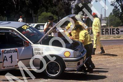 1992 Killarney 9 hr A1 on track repairs (Courtesy Roger Swan)2840 (21)