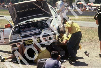 1992 Killarney 9 hr A1 on track repairs (Courtesy Roger Swan)2840 (22)