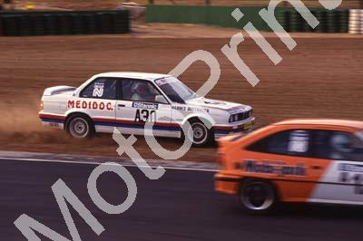 1991 Kya May Stannic A30 Hannes Oosthuizen BMW 325iS off track (R Swan) (47)