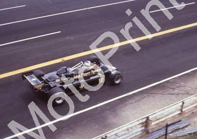 1982 SA GP 12 Nigel Mansell Lotus 87B-05 pre-race (Colin Watling Photographic) (10)
