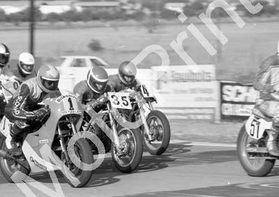 1985 Zkops short 1 Koos Zietsman 35 Ian Walker 4 ....(Colin Watling Photographic) (10)