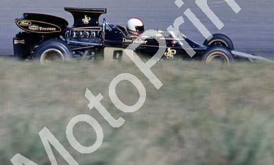Walker Lotus 72 Esses cropped