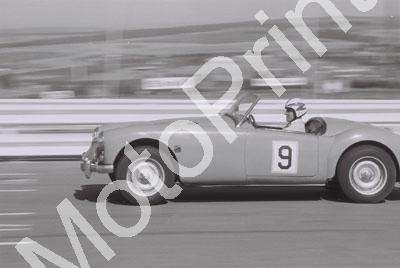 SP 1971 Kyalami SCC Anniv races D Spencer per programme but TC (141)