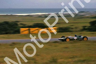 (thanks Stuart Falconer) a 042 1962 EL SA GP Clark Lotus 25 T car cropped