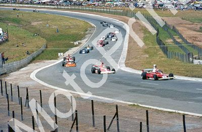 (thanks Stuart Falconer) a 511 1976 SA GP Opening laps Lauda, Mass, Brambilla, Hunt ,
