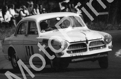 1964 (thanks Roger Pearce) A Chatz Volvo note ND72427 and bumper (74)