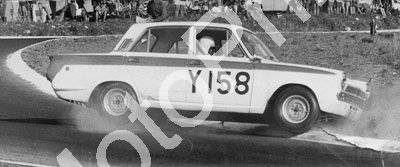 1966 (thanks Roger Pearce) Tony van Staden Cortina 1500cc (10)