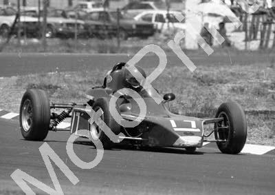 1984 Killarney FF 17 Guy Nyenes Royala RP24 check car (Colin Watling Photographic) (6)