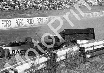1984 Kya FA 14 Roy Klomfass crash sequence (Colin Watling Photographic) (13)