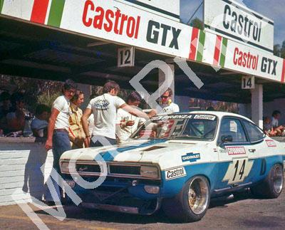 SL Chev V8 Giovannoni, B Van Rooyen, Brough McLeod team manager ear protectors 1973 (Thanks Johan Rabe)
